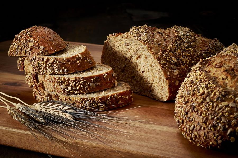 pâine neagră din varicoză)
